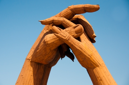 Gretna Green clasped hands, Scotland   Sybolic marriage statue at the famous Scottish town Stock Photo