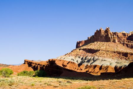 Beautiful shot of red rock cliffs in Canyonlands National Park 免版税图像 - 1829316