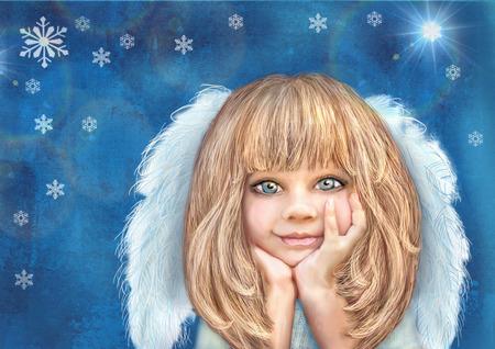 angeles bebe: Pequeño ángel lindo. Ángel chica sonriente feliz con el pelo rubio y alas de color blanco sobre un fondo azul del grunge con el copo de nieve. Tarjeta de felicitación. tema de Navidad. fondo de vacaciones.