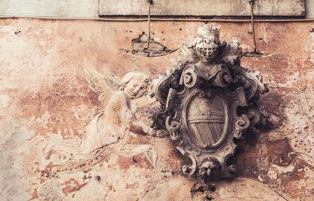 Détail architectural de la fresque de l'ange cartouche. Photo vintage avec place pour le texte. Banque d'images