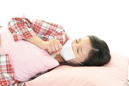 Young sick woman got flu or cold, Standard-Bild