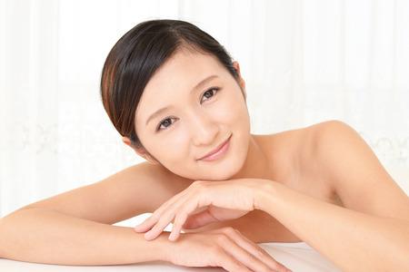 masajes relajacion: La hermosa mujer que se relaja