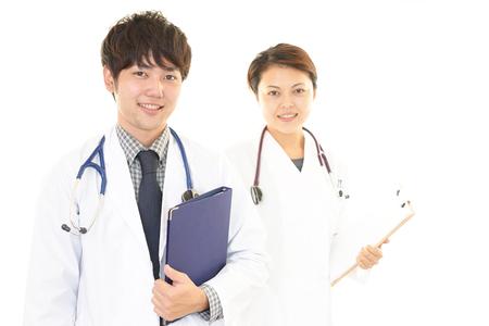 personal medico: Smiling Asian medical staff