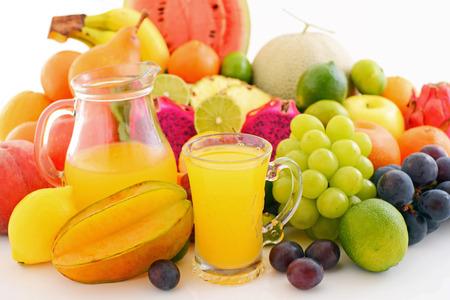 Frutta fresca con succo