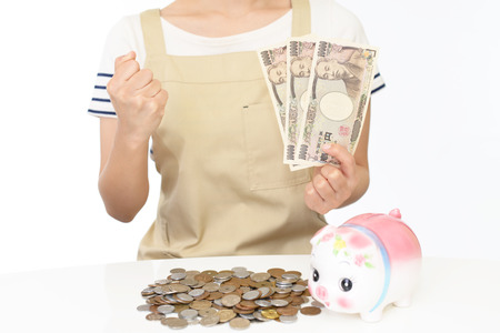 retail scene: Housewife with money