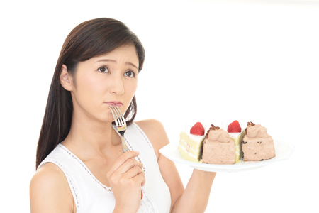 uneasy: Woman on diet