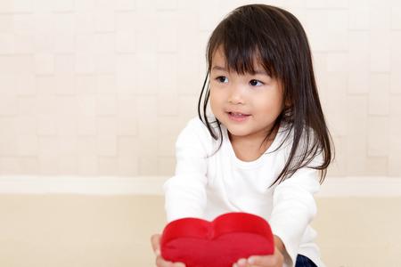 笑顔かわいいアジアの女の子