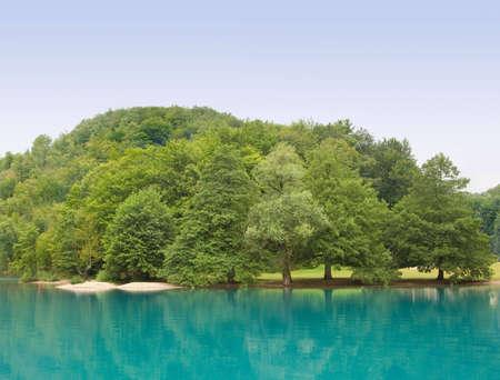 Beautiful landscape of a green lake Stock Photo - 3913694