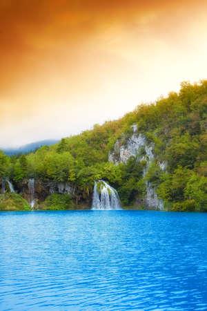 Landscape of a beautiful lake Stock Photo - 11122030
