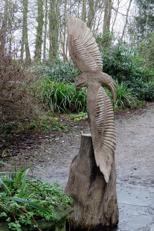 Wood carving of a bird of prey at Burton Agnes Hall, East Yorkshire UK 版權商用圖片