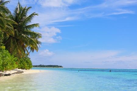 isla del tesoro: Océano Índico, playa, cielo, nubes Foto de archivo