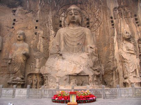 wei: The Longmen Grottoes in Luoyang was cutted in the year when Wei Emperor Xiaowen go to Luoyang (AD 494 years), until the Northern Song Dynasty, more than hundreds of thousands of the existing statue of Buddha, over 2300 grottoes.