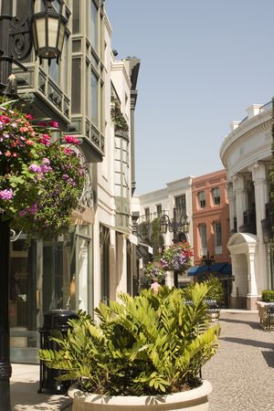 rodeo cowboy: View of the famous Two Rodeo Drive