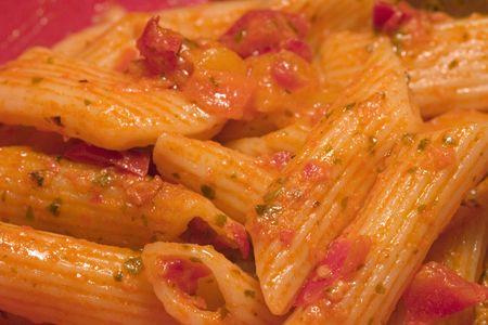 Pasta en salsa roja  Foto de archivo - 2101364