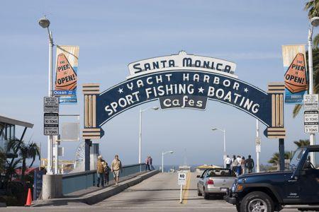 有名なサンタ ・ モニカー桟橋への入り口