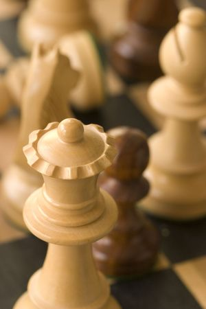 chess pieces close up photo