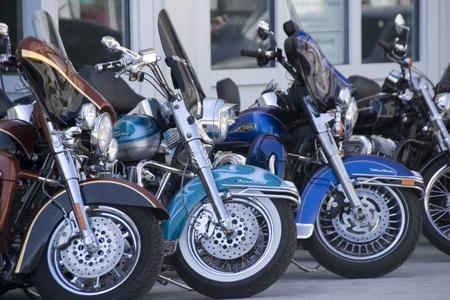 Harleys lujo en calles de la ciudad Foto de archivo - 10484666