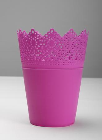 ollas de barro: Vacío, rosa, plástico, flor, crisol, frente, vista