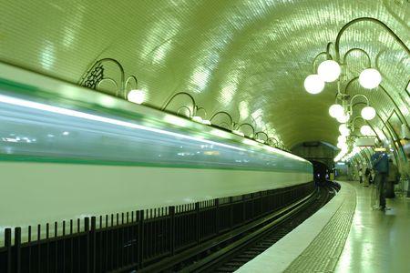 station m�tro: Station de m�tro de Paris, France