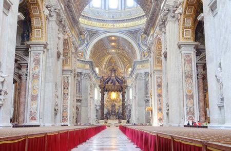 peters: Inside of St. Peters Basilica, Vatican city