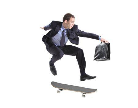ni�o en patines: Un hombre de negocios con patineta saltar aislado en un fondo blanco Foto de archivo
