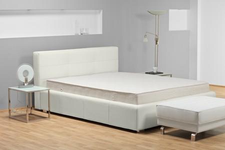 łóżko: Kieliszek studyjny łóżko Zdjęcie Seryjne