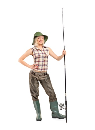 waders: Retrato de longitud completa de una pescadora Rubio posando aisladas sobre fondo blanco Foto de archivo