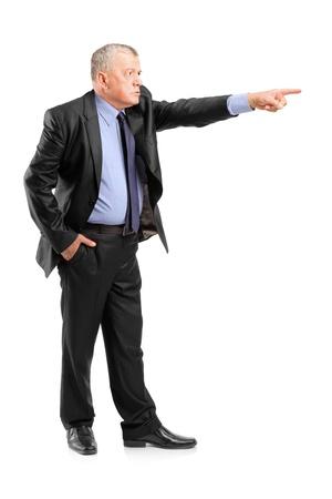 jefe enojado: Retrato de cuerpo entero de un jefe enojado despedir a un empleado aisladas sobre fondo blanco Foto de archivo