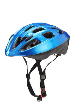 Blauwe helm voor byciclists geïsoleerd op witte achtergrond