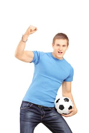 euphoric: Ventilatore Euphoric in possesso di un pallone da calcio e tifo isolato su sfondo bianco