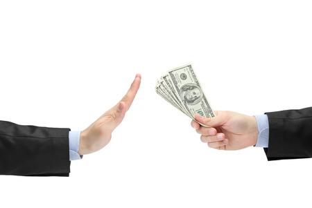 remuneraci�n: Empresario rechazar el soborno ofrecido aislado en fondo blanco Foto de archivo