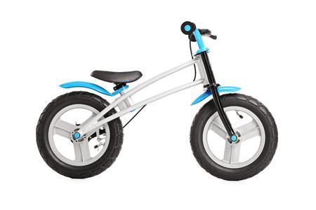 niños en bicicleta: Studio foto de una moto pequeña genérico para niños aislados sobre fondo blanco Foto de archivo