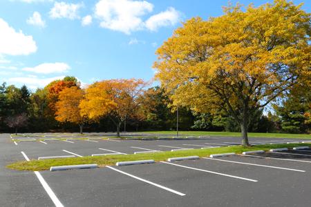 空の駐車場 写真素材 - 48383733