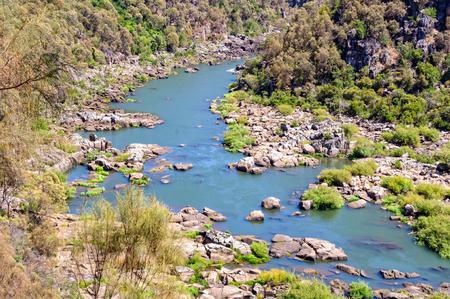 백내장 협곡 (Cataract Gorge)에있는 사우스에 스크 강 (South Esk River) 상단 부분 - 론서 스턴 (Launceston), 태즈 메이 니아 (Tasmania)