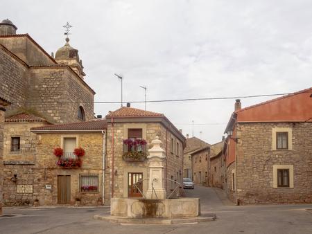 Drinking fountain with scallop shell - Rabe de las Calzados, Castile and Leon, Spain Banco de Imagens