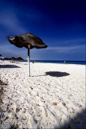 une plage de sable blanc � sousse tunisie Banque d'images