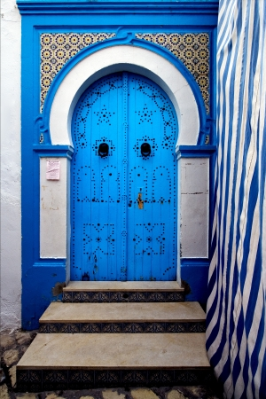 a door in the chasba of sousse in  tunisia Imagens - 15834090