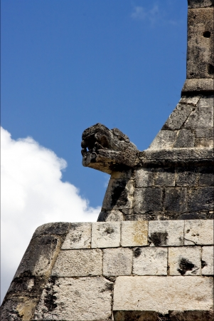 skull snake in wall  mexico the  abstract incision in the old temple of chichen itza Stock Photo - 21958262