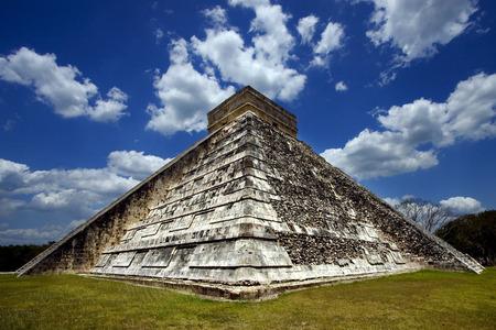 kukulkan: thecorner de Chich�n Itz� templo, kukulkan, el castillo, quetzalcoatl