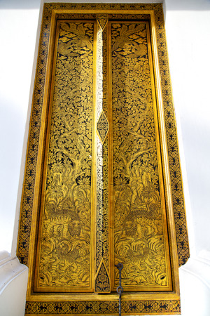 krung: thailand     and  asia   in  bangkok     temple abstract cross colors door wat  palaces   colors religion      mosaic
