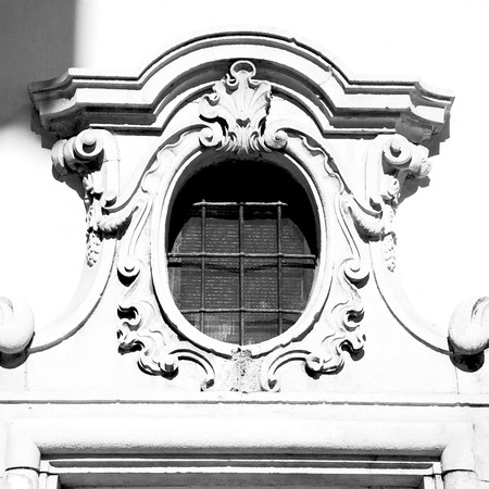 rose window: antique contruction in italy europe marble and rose window the wall Archivio Fotografico