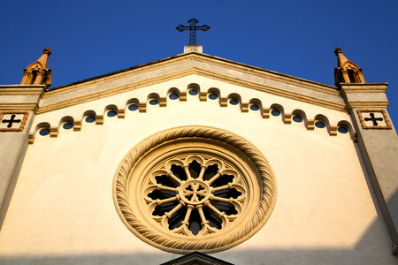 rose window: italy  lombardy     in  the   gorla   old   church   closed brick tower   wall rose   window tile Stock Photo