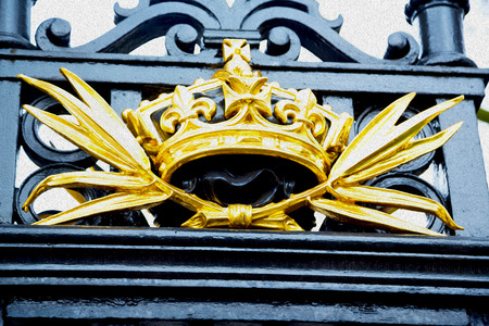 metal gate: in london england the old metal gate  royal palace