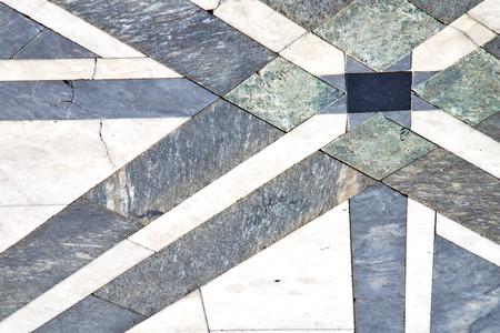 busto arsizio street lombardy italia varese pavimentazione astratta di una chiesa e marmo