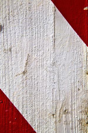 Busto Arsizio legno astratto arrugginito Italia Lombardia banda in bianco e rosso