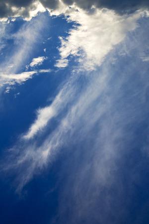 busto arsizio lombardia italia varese astratto ckoudy cielo e raggio di sole