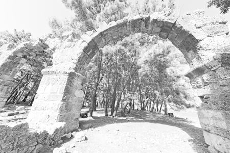 templo romano: olympos asia Grecia y un templo romano en la antigua Myra construcción de piedra columna
