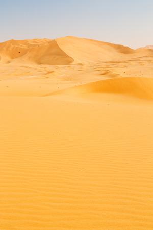 le quart vide et la dune de sable en plein air dans le vieux désert d'oman rub al khali
