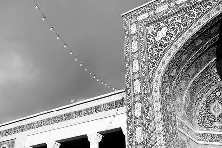 safavid: in iran  blur  islamic mausoleum old   architecture mosque mosaic