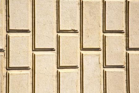 mattoni in via arsizio via lombardia italia varese pavimentazione astratta di una chiesa e marmo Archivio Fotografico
